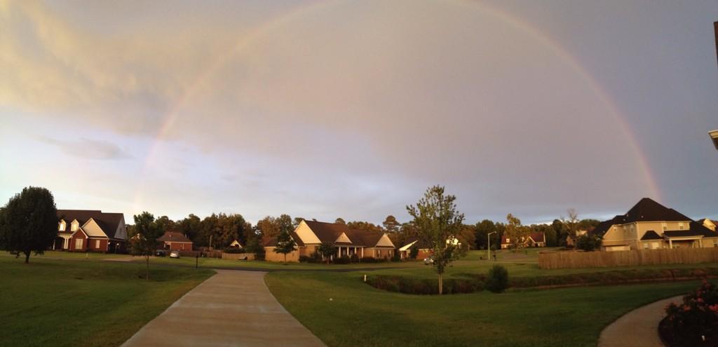 rainbow. photo taken by @jubella13